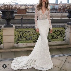 Berta gown 15-107
